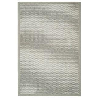 Safavieh Casual Natural Fiber Hand-Woven Silver / Grey Sisal Rug (5' x 8')