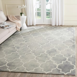 Safavieh Handmade Dip Dye Watercolor Vintage Grey/ Ivory Wool Rug (8' x 10')