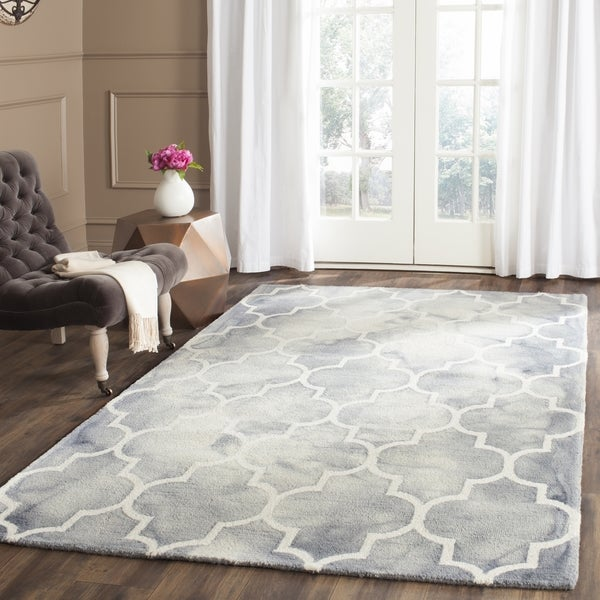 Safavieh Handmade Dip Dye Watercolor Vintage Grey/ Ivory Wool Rug (4' x 6')