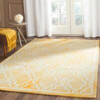 Safavieh Handmade Dip Dye Watercolor Vintage Gold/ Ivory Wool Rug - 5' x 8'