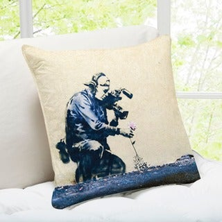 Banksy Art 'Cameraman and Flower Park' Utah Throw Pillow