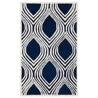 Safavieh Handmade Chatham Dark Blue/ Ivory Wool Rug - 3' x 5'