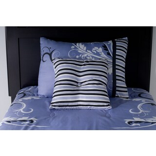 Rizzy Home Periwinkle Comforter Set