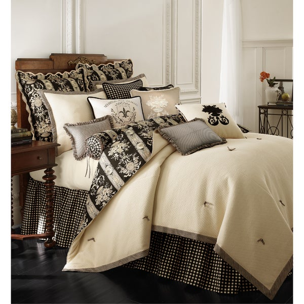 Place Vendome 4-piece Comforter Set
