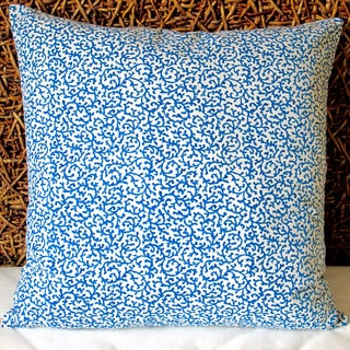 Artisan Pillows Indoor 20-inch Coral Reef Curl Surf in Blue Modern Coastal Beach Accent Throw Pillow