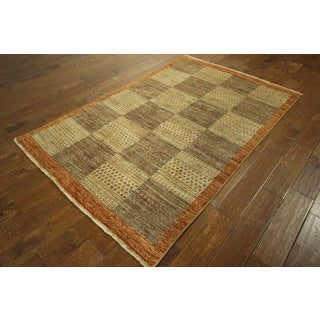 Checkered Design Neutral Gabbeh Hand-knotted Wool Area Rug (5' x 7')