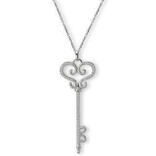 14K White Gold 3/8ct TDW Heart Shaped Key Diamond Necklace (G-H, SI2-SI3)