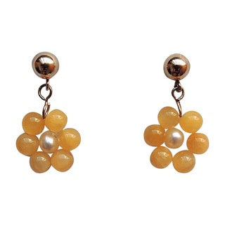 14k Yellow Gold Overlay Freshwater Pearl and Yellow Jade Daisy Earrings (2mm)