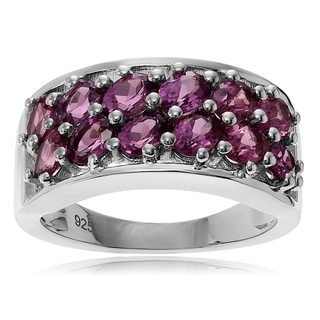 Journee Collection Sterling Silver 1 2/5 ct Rhodolite Ring Band
