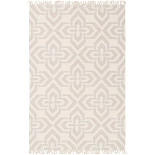 Hand-Woven Lomawai Geometric Reversible Wool Rug (4' x 6')