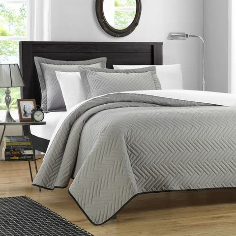 Chic Home Cupertino Blocks 3-piece Reversible Quilt Set