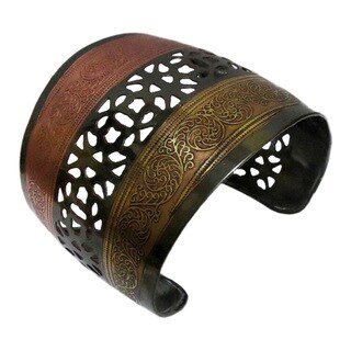 Handmade Three-tone Brass Cuff (India)