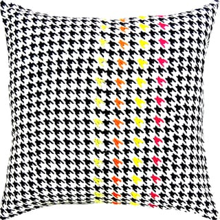 Houndstooth Hand-crafted Spun by Welspun 16-inch Throw Pillow
