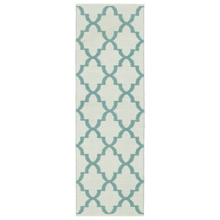 Indoor/Outdoor Laguna Ivory and Seafoam Trellis Flat-Weave Rug (2'0 x 6'0)