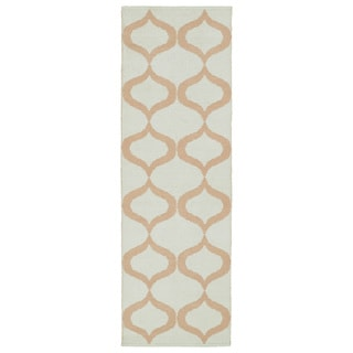 Indoor/Outdoor Laguna Ivory and Pink Geo Flat-Weave Rug (2'0 x 6'0) - 2' x 6'
