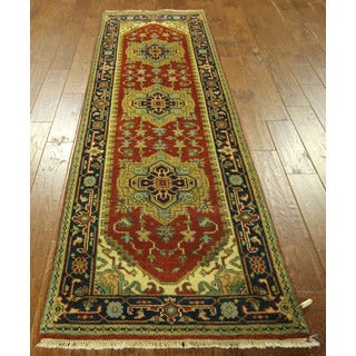 Vegetable Dyed Heriz Serapi Red/ Navy Blue Runner Hand-knotted Wool Rug (2'6 x 8'1)