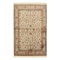 Hand-knotted Silk Ivory Traditional Oriental Qum Rug (4' x 6'3)