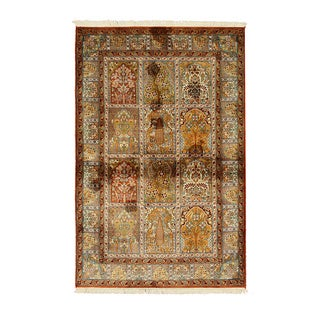 Hand-knotted Silk Traditional Oriental Panel Qum Rug (4' x 6'1)