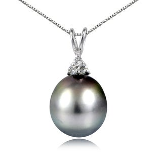 Glitzy Rocks Sterling Silver 11mm Tahitian Cultured Pearl and White Topaz Studded Necklace
