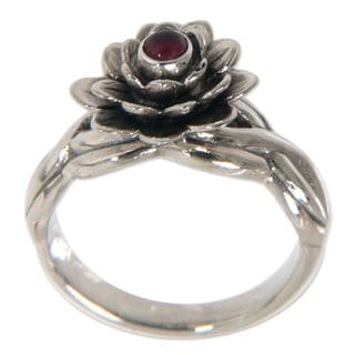 Handmade Sterling Silver 'Red Eyed Lotus' Garnet Ring (Indonesia)