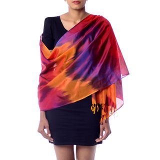Handcrafted Varanasi Silk 'Rose Whisper' Shawl (India)