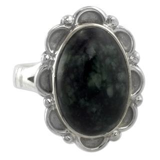 Handcrafted Sterling Silver 'Dark Dahlia' Jade Ring (Guatemala)