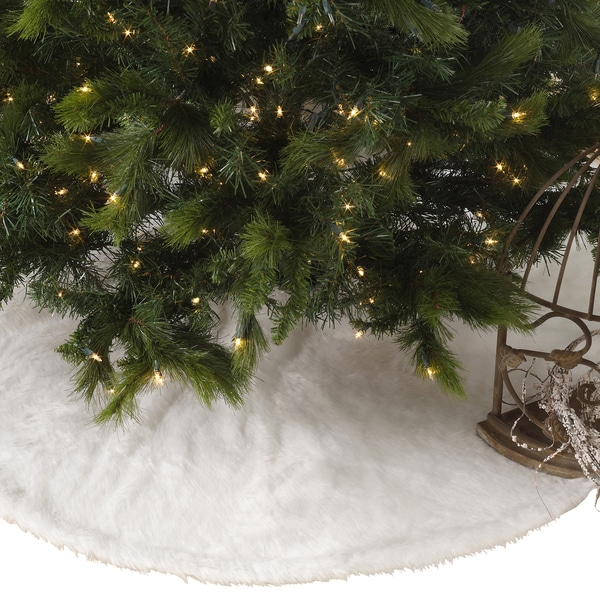 Noel Blanc Faux Fur Design White Holiday Christmas Tree Skirt