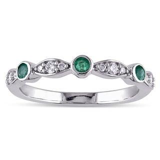 Miadora 10k White Gold Emerald and 1/6ct TDW Diamond Anniversary Ring (G-H, I2-I3)