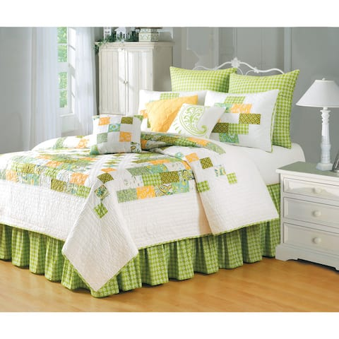 Gracie Patchwork Cotton Quilt (Shams Not Included)