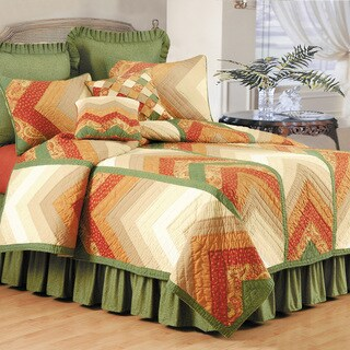 Chevron Nature Quilt (Shams Not Included)