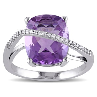 Miadora Sterling Silver Amethyst and 1/10ct TDW Diamond Cocktail Ring G-H, I2-I3)