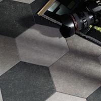SomerTile 8.625x9.875-inch Trafico Grey Hex Porcelain Floor and Wall Tile (25 tiles/11.19 sqft.)