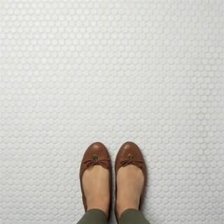 SomerTile 12x12.625-inch Penny Matte White Porcelain Mosaic Floor and Wall Tile (10 tiles/10.74 sqft.)