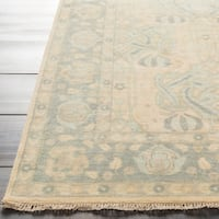 Hand-Knotted Padiham Border Indoor Wool Area Rug - 5' x 8'