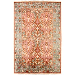 Hand-Knotted Padstow Border Indoor Wool Rug (5' x 8')