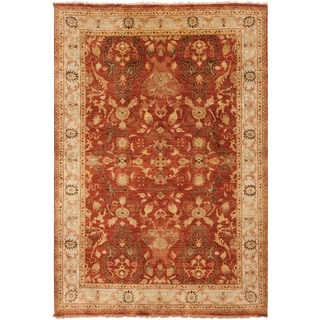 Hand-Knotted Witham Floral Wool Rug (5'6 x 8'6)