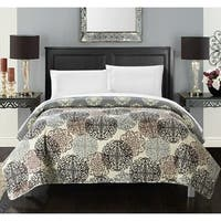 Chic Home 5-piece Juliana Boho Inspired Reversible Print Quilt and White Sheet Set