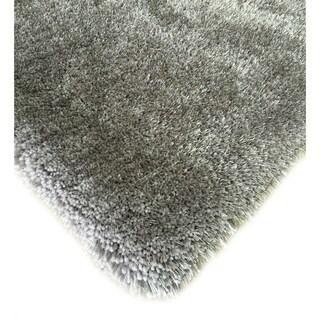 Handmade Silver Shag Area Rug (5' x 7') - 5' x 7'