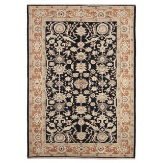 Peshawar Xerxes Black Hand-knotted Rug (6'1 x 8'9)