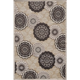 Couture Beige Floral Motif Area Rug (6'7 x 9'6)