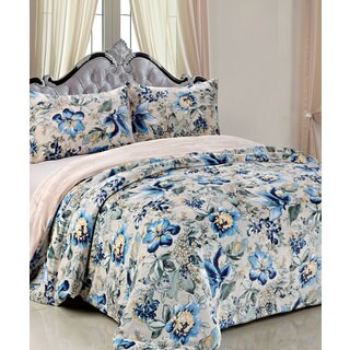 Serenta Printed Flannel Blanket and 2 Pillowcovers