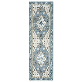 Arden Loft Crown Way Ivory/ Blue Oriental Hand-tufted Wool Area Rug (2'6' x 10')