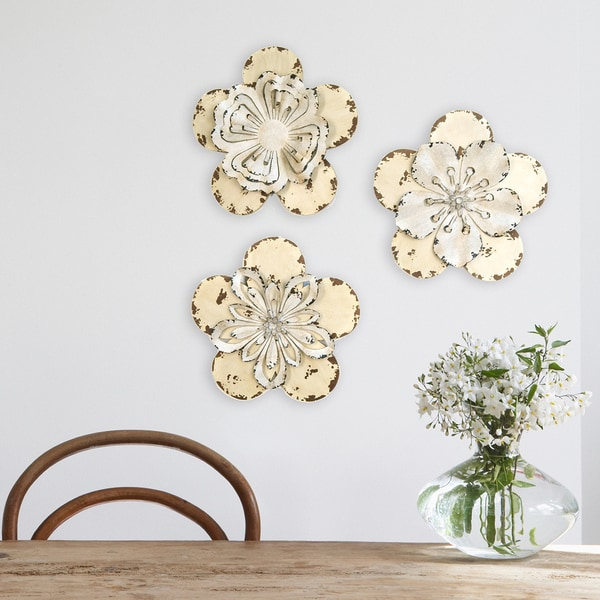 stratton home decor 3 piece set rustic flowers wall decor. Black Bedroom Furniture Sets. Home Design Ideas