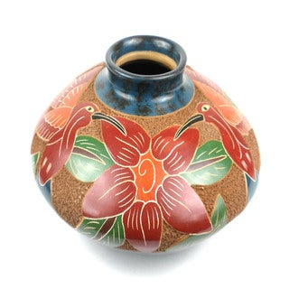 Handmade 3-inch Tall Bird/ Floral Design Vase (Nicaragua)
