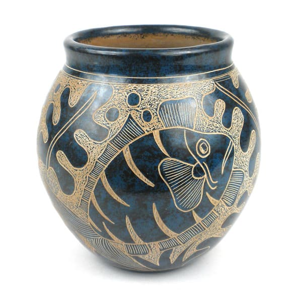 Shop Handmade 5 Inch Tall Vase Blue Fish Design Nicaragua On Sale Overstock 10549329