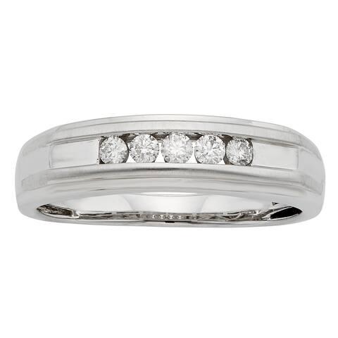 Sofia 1/4ct TDW IGL Certified Round Diamond Gents Ring