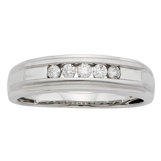 Sofia 1/4ct TDW IGL Certified Round Diamond Gents Ring (More options available)