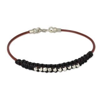 Handmade Men's Leather Silver 'Constellation in Black' Bracelet (Thailand)