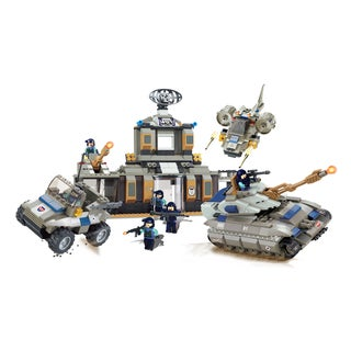 Brictek Desert Base with Tank