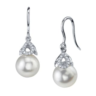 Radiance Pearl 14k Gold White Akoya Pearl 1/10ct TDW Diamond Earrings (8-9 mm)